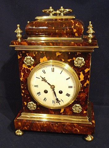 Click here to see more detail of a tortoiseshell bracket clock